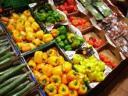 unschuldiges gemüse aus dem supimarkt